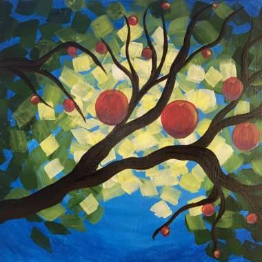 Family Friendly Apple Tree